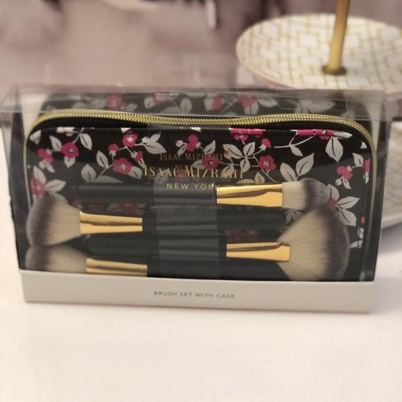Nwt! Isaac Mizrahi makeup brush set